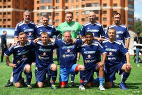 Командные фото Ветеранского Дивизиона ТТЛФ-2019/лето