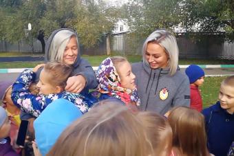 Ксения Коваленко и Ольга Чернова побывали в одной из московских школ