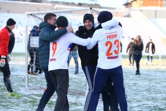 СуперЛига. В главном финале турнира встретятся «Мэдисон» и «РИЗУР-2»