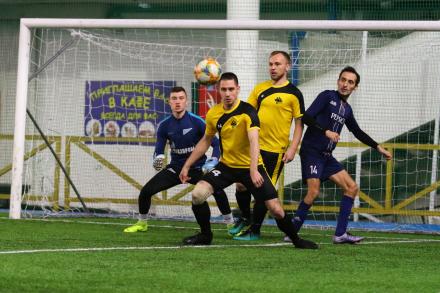 Павел Туркин: «Игроков, которые хотят развиваться в футболе, у нас хватает на две команды»
