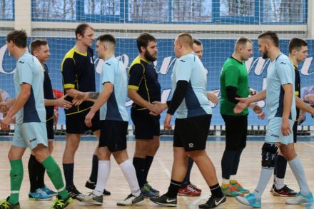 Островчане выйграли у «Метеора» в последней игре группового этапа.