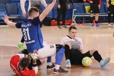 В матче 16 тура ВРЗ обыграл Охрана-Динамо со счетом 2:1