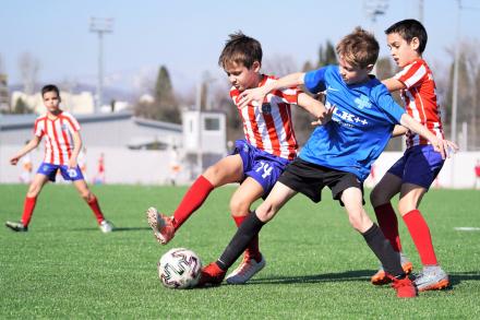 Почему в детском футболе стоит уйти от строгих задач и как найти общий язык с родителями?