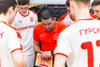 Главный тренер «Красной гвардии» Александр Козлов – о перспективах команды и дебюте в НМФЛ.