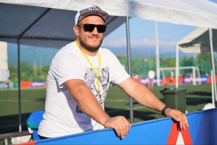 Олег Чернега: «В Сочи невозможно не играть в футбол»