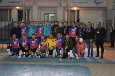 Кучина и Икар победители свои лиг по Русскому футболу сезона 2020