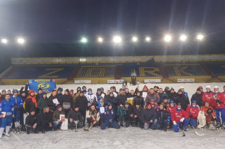 Победу одержали хоккеисты из Навашино