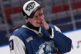 «Хоккеистки из декрета рвутся на лед»