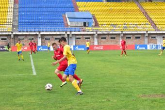 «Благовещенск» занимает первую строчку турнирной таблицы ЮФЛ ДВ