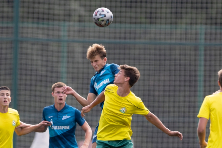 Дебютант ЮФЛ-1 обыграл чемпиона прошлого сезона в первом туре