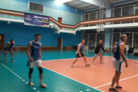 Волейбол 2019-2020 Матч ЭФКО - ТНС Фрагмент 3 перелом во 2-м сете, Корнев нервничает