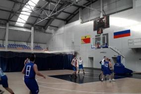 Баскетбол 2019-2020. Матч ЭФКО - КОСМОС-НГ. Фрагмент 1. ЭФКО даже проигрывает поначалу