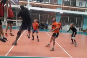 Волейбол 2020-21. Матч ЛОКОМОТИВ - СГЦ ТОП-ГЕН. Фрагмент 1. Почти вытащили с 13-23